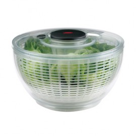 Essoreuse à salade Oxo à poussoir transparente GM 26 cm