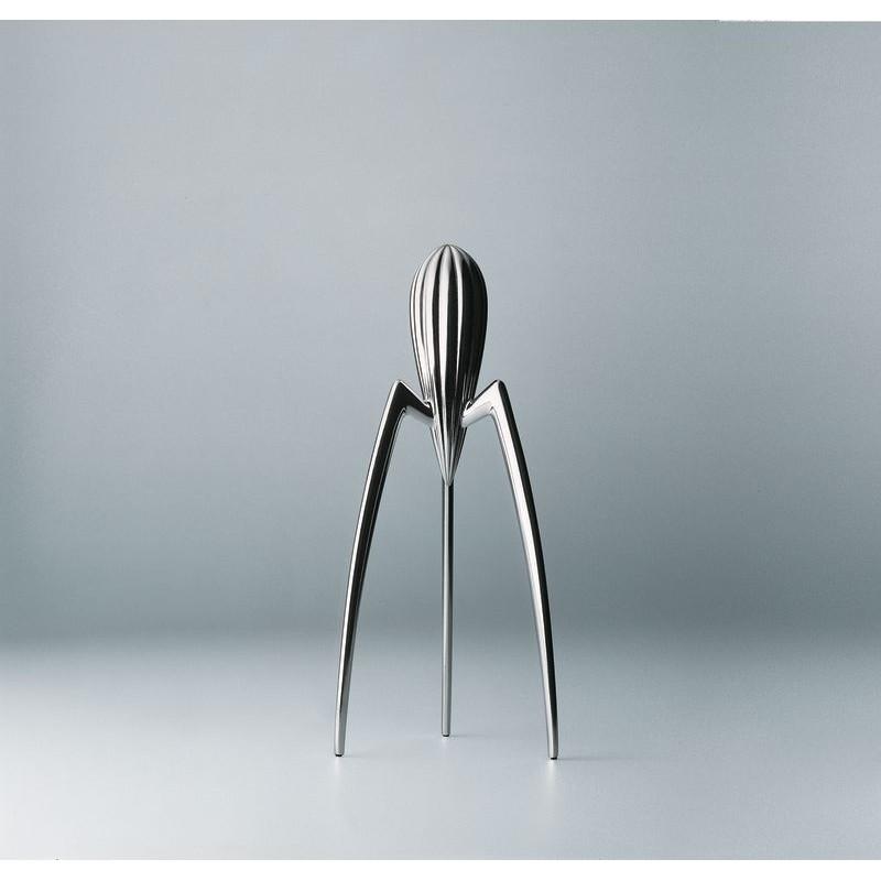 presse agrumes juicy salif philip stark de alessi la carpe. Black Bedroom Furniture Sets. Home Design Ideas