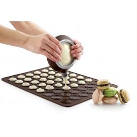 Coffret Macaron Facile Decomax et plaque macaron Lekue